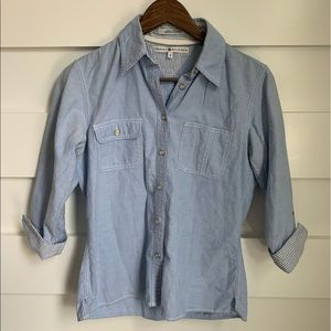 (LIKE NEW) Tommy Hilfiger Button Down